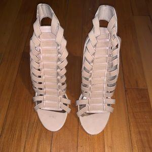 "Steve Madden ""Stretchie"" Blush Leather Heel Sandal"